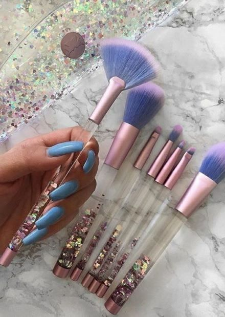 beautiful brushes / they're also so incredibly soft and fluffy and blend makeup beautifully and evenly