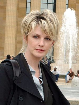 Kathryn Morris. Played Najara on the show.
