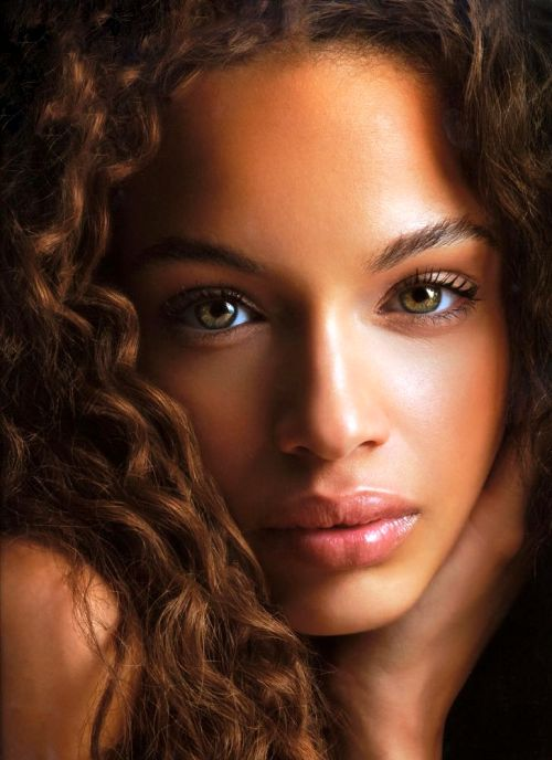 Makeup Green Eyes Brown Hair Light Skin
