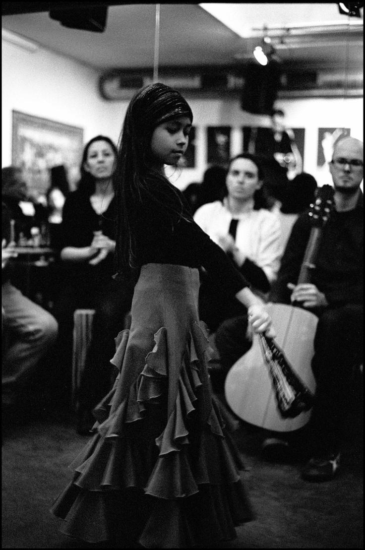 Alisa in TapasCafé Duende Amsterdam 2008 ©Jurgen van Tiggelen #flamenco #kids #children