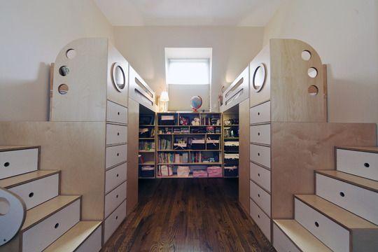 【かなり秀逸かも】左右対称の2人向け子供部屋 | 住宅デザイン
