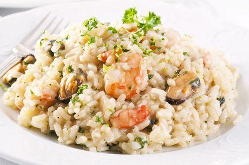 ¡El  risotto de mariscos y parmesano  es una de las mejores variantes que hay! #risotto #risottodemariscos #risottoitaliano #platositalianos #gastronomíaitaliana #cocinaitaliana #risottodemariscosyparmesano