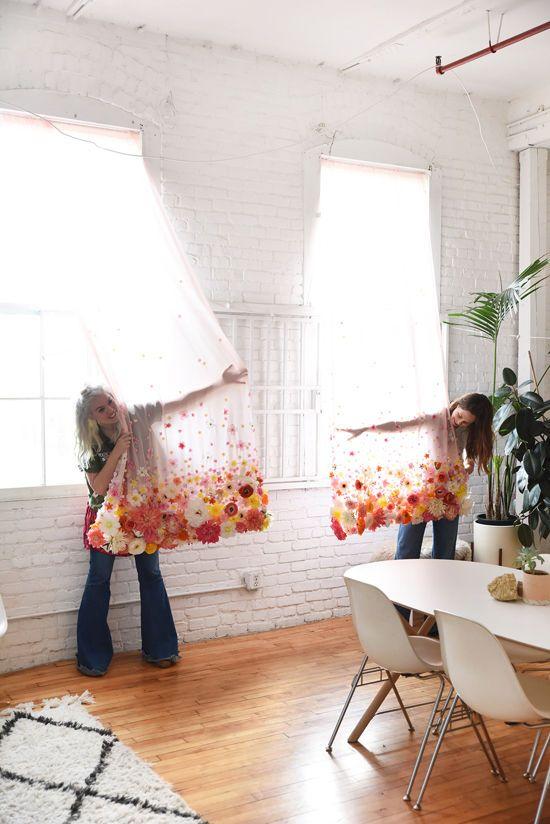 DIY gėlių užuolaidos | designlovefest