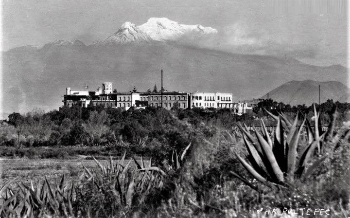 Castillo de Chapultepec, ca. 1890.