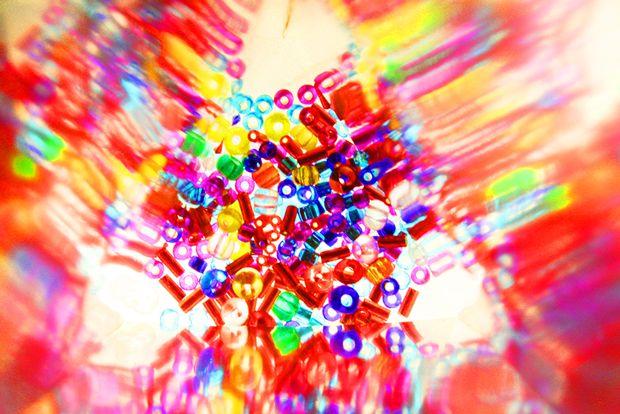 DIY kaleidoscope! SOOOOOO MAKING THESE...kids will flip.