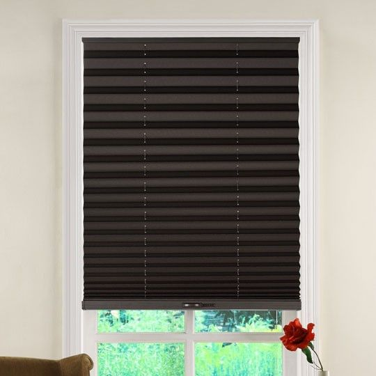 Fan of extra cords? Neither are we. That's why we're excited about these cordless window blinds!#AnnasLinens #windowshades #windowblinds #cordlesswindowblinds