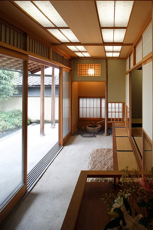 木津川の家 < 丸山保博建築研究所 利回りの高い賃貸経営・建築設計は美しい中庭のあるアパート
