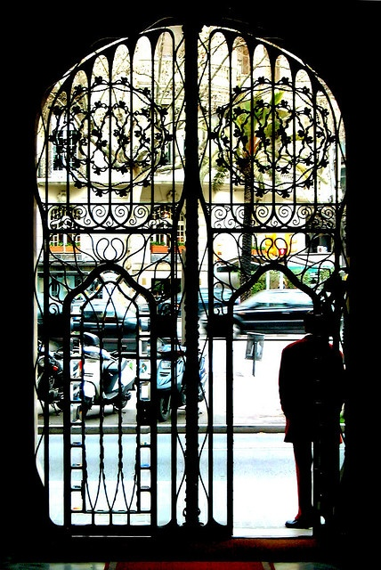 Barcelona - Diagonal 423 z by Arnim Schulz, via Flickr: Doors, Photos, 423 25, Diagon 423, Barcelona