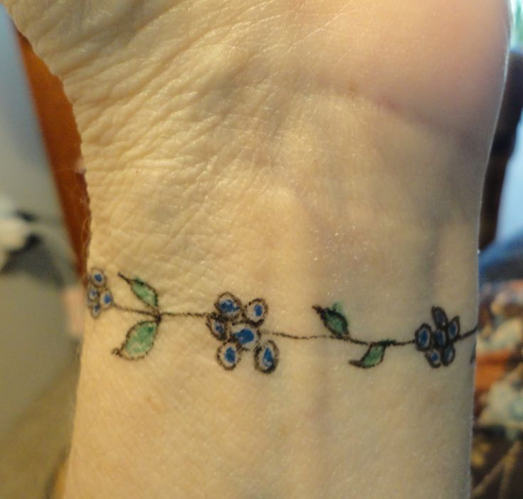 Wrist Vine Tattoos Flower: 23 Best Vine Tattoos On Hand Images On Pinterest