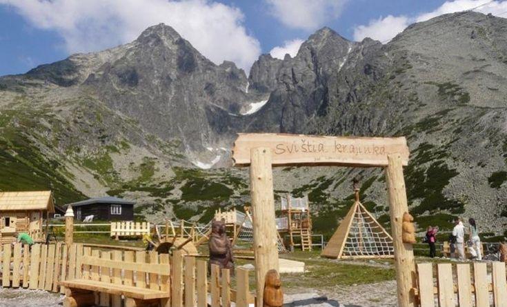 Svištia krajinka na Skalnatom plese – eko-mini park, kde sa deti nielen vyhrajú, ale aj spoznajú tatranskú prírodu zábavnou formou.