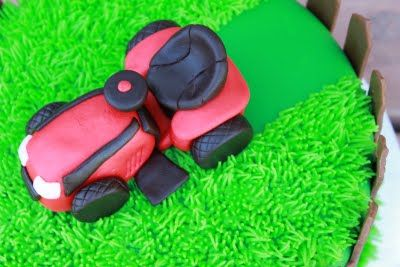 Reese's Pieces and Me: Riding Lawn Mower Cake
