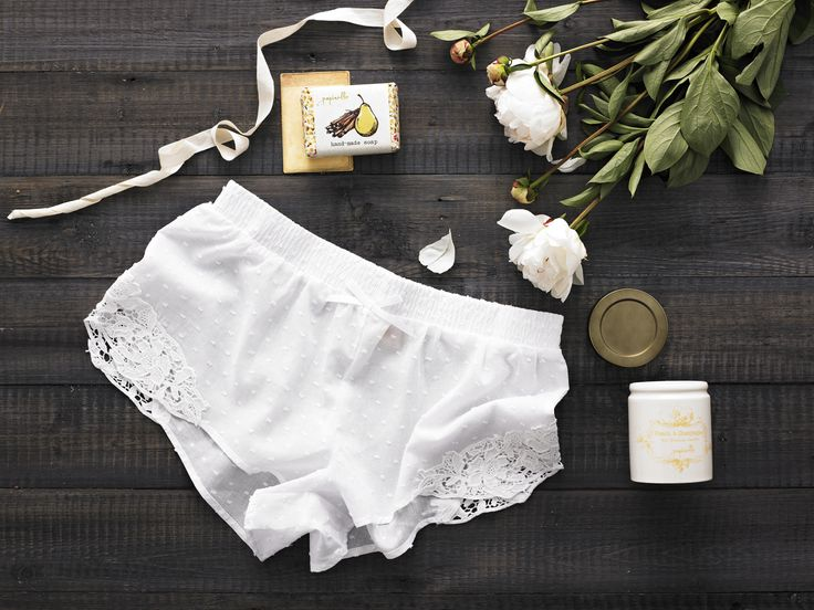 Daydreamer – Yellow $85.00  Papinelle ladies Swiss dot cotton sleep shorts in white (Small, Medium, Large), Papinelle peach & champagne soy scented evening dandle in ceramic jar 170g (product of Australia), Papinelle pear & cinnamon hand-made soap large 140g (product of Australia)