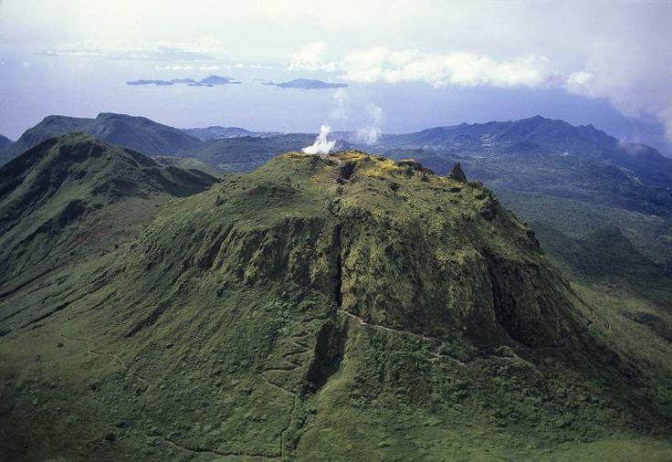 Guadeloupe Vulkan im Guadeloupe Reiseführer @ abenteurer.net
