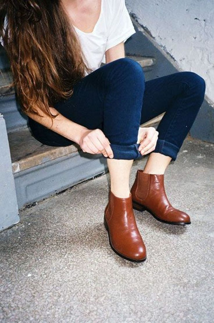 chic brown chelsea boot