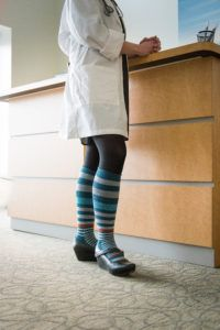 Compression Socks for Nurses - Here's where to find cute compression socks for nurses!