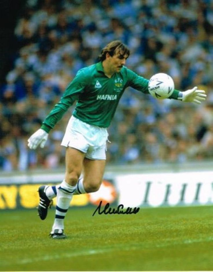 Neville Southall. Another reason i became a keeper.