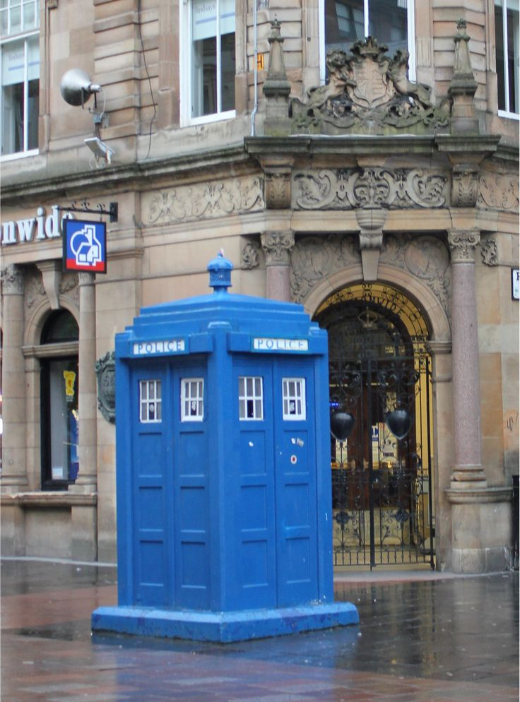 Where is the Doctor? Love the blue police box in Glasgow's Buchanan Street. A genuine tardis, think there is another selling coffee in West End.