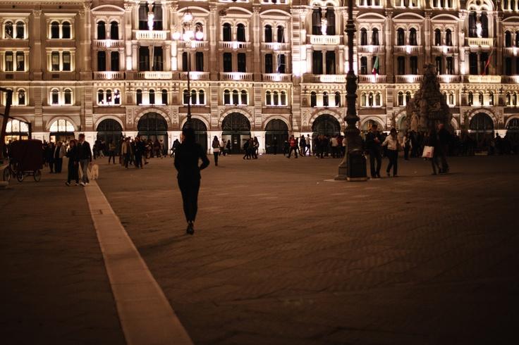 Piazza dell'Unità - Urban walk