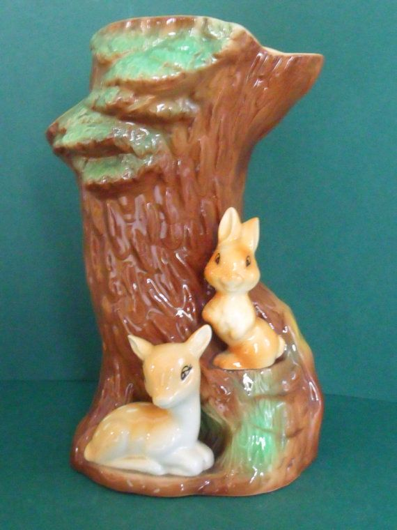 Lovely vintage Hornsea fauna royal pottery tree trunk vase. At the  base there is a little rabbit and a faun.