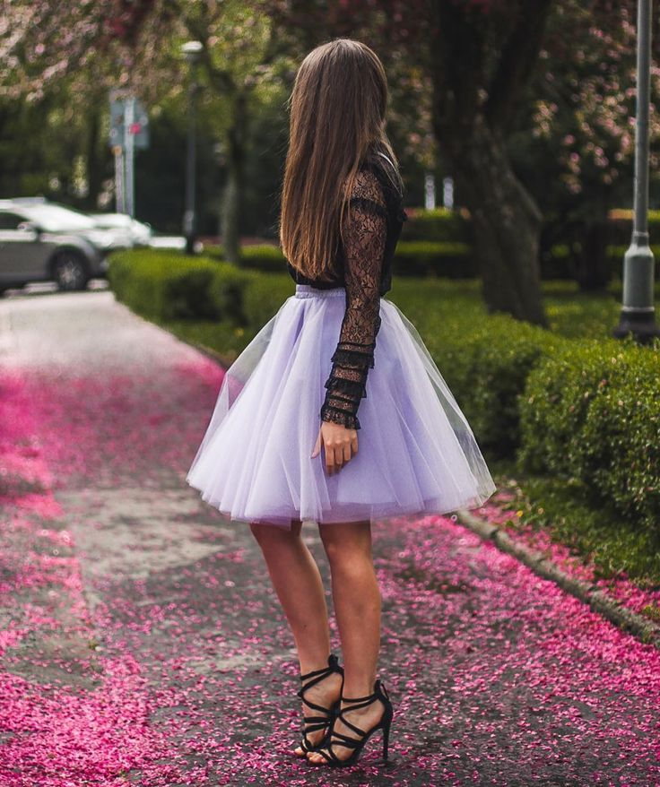 tiulowa spódnica wesele wedding outfit with tulle skirt, high heels from zara and lace shirt