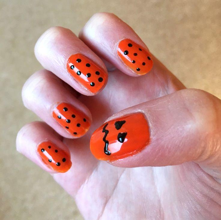 Blogtober day 30 | Halloween nails