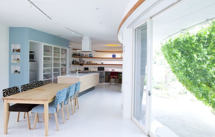 Wohn / Bereich Küche Interior Design Fluid Bio & nachhaltige Vermögenswerte Featured In ein japanisches Home von Hideo Kumaki Büro Architekten
