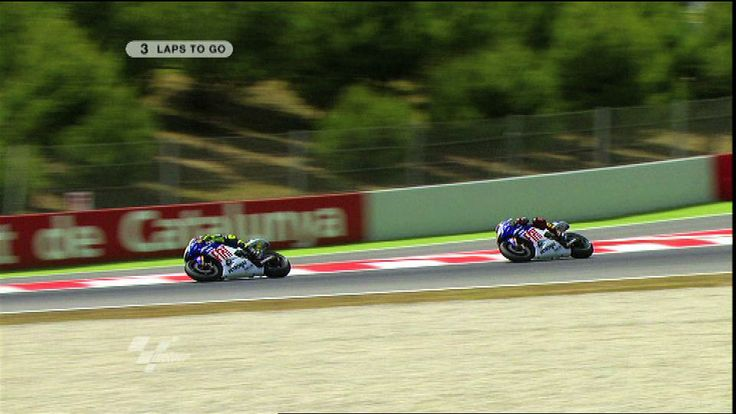 The best Motogp race finish ever! Valentino Rossi and Jorge Lorenzo battle it out in Catalunya 2009