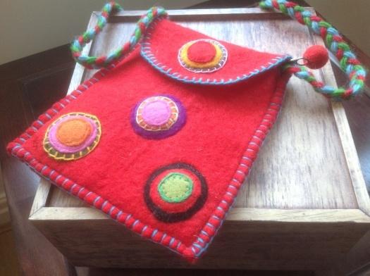 £10.00 Felt shoulder bag, red with applique circles - handmade in Nepal.  #Fairtrade #Felt #Red #Nepal #Applique
