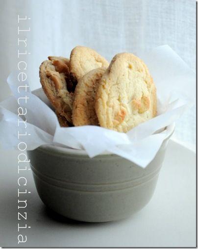 ilricettariodicinzia: cookies al cioccolato bianco e macadamia