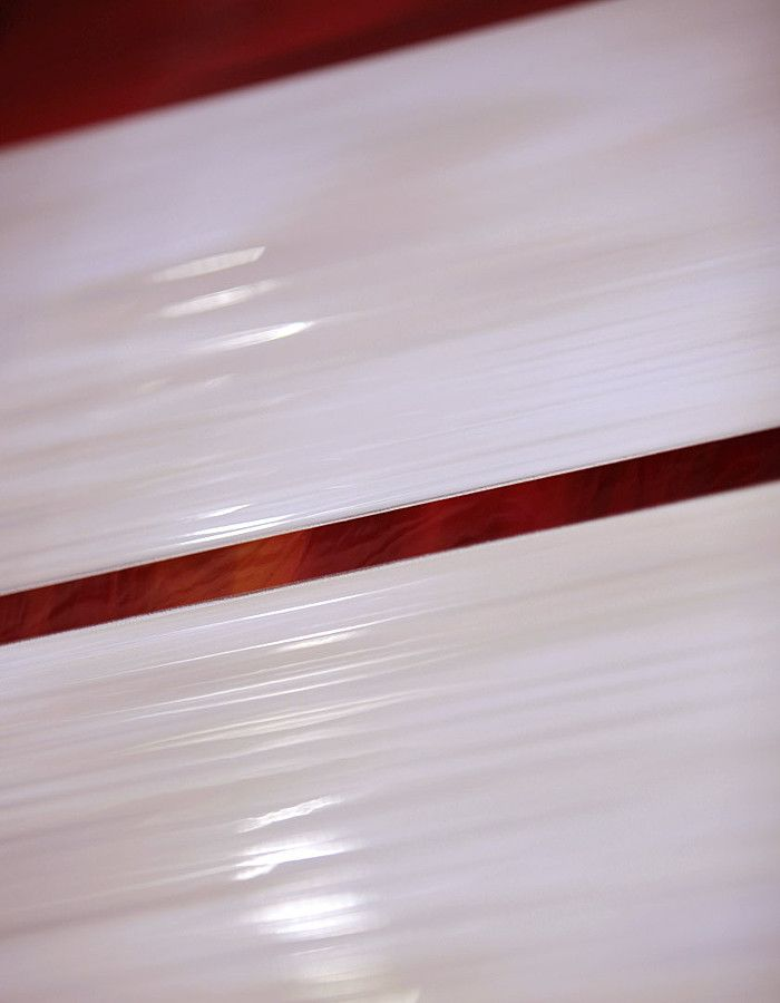 Imola Hall. Керамическая плитка. Глянцевая. Итальянская. Интерьер. Красная. 30*60.