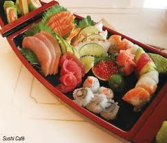 I love sushi and sashimi...never thought I would until several years ago.  Now I can't get enough!Sushi Sashimi, Japanese Food, Sushi Boats, Food Interesting, Mmm Sushi, Nippon Japan, Food Art, Japan Food, Favorite Food