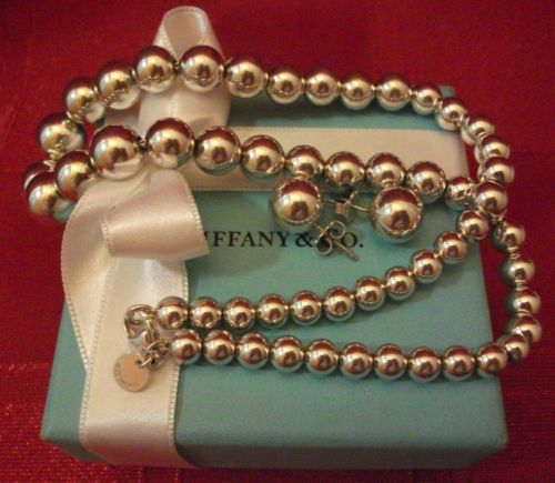 TIFFANY GRADUATED BEAD NECKLACE & BALL STUD EARRING'S,WITH POUCH+BOX+BAG