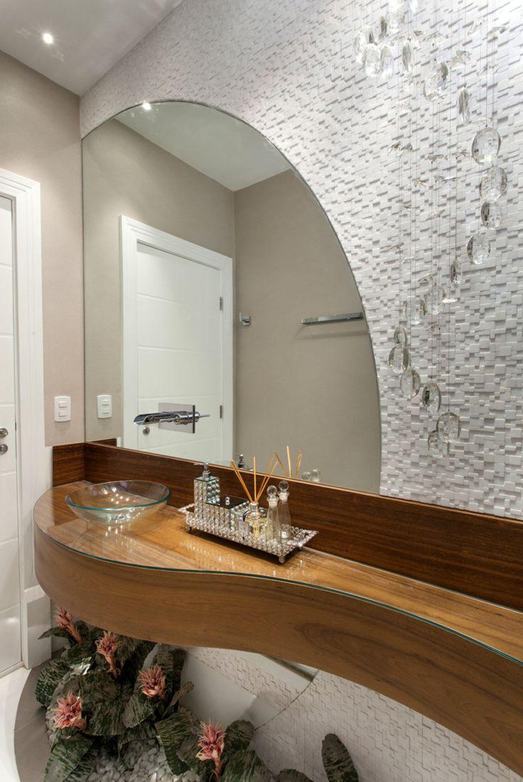 Casa contemporânea com linhas curvas - veja detalhes da fachada e dos ambientes…
