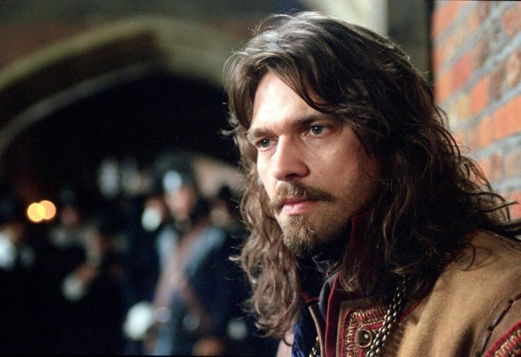 Angus MacCairain (template: Dougray Scott, image from TO KILL A KING)