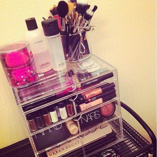 Makeup storage. #presentation #organization #makeupstorage