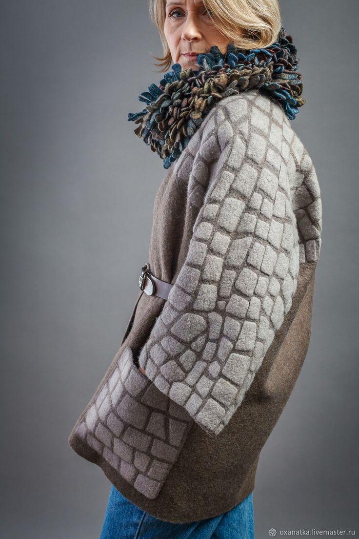 Жакет-кимоно из войлока Старый Город - купить или заказать в интернет-магазине на Ярмарке Мастеров - FLLW7RU. Москва | Уютная куртка - кимоно с большими накладными…
