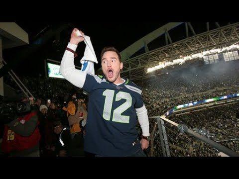 Chris Pratt rallies the 12th Man before Eagles-Seahawks - YouTube