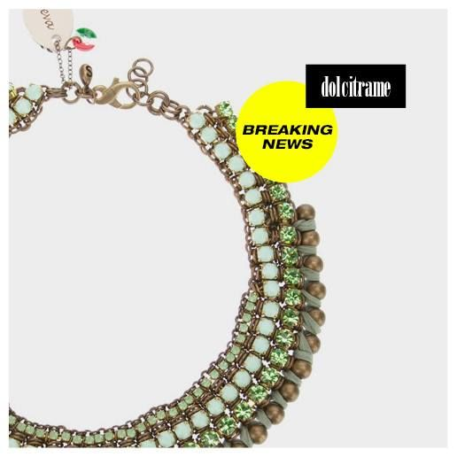 Green necklace from Sveva Collection. Simply because every woman loves jewelry! #necklace #svevacollection #green #gemstones #stones #gold #womens #farfetch #dolcitrame