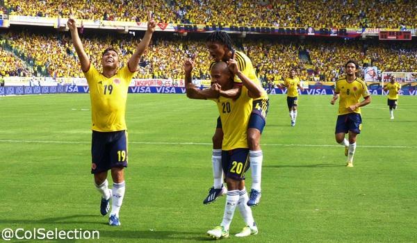 Instantes luego del gol de Macnelly Torres que abrió el marcador frente a Bolivia en Barranquilla, el cual cayó derrotado 5-0 por la selección de Colombia.