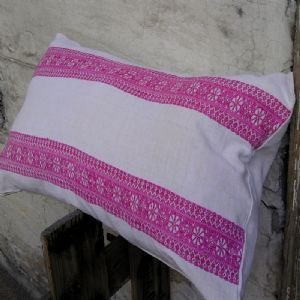 Vintage Linen Cushion Covers with Woven Design-parna