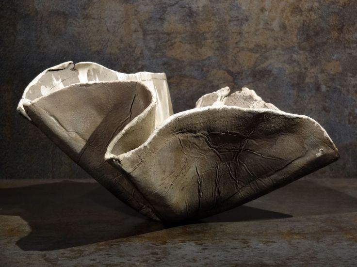 Contener 1407, by Philippe Chesneau, Raku, Dim. L 20 x H 11 x P 19 cm