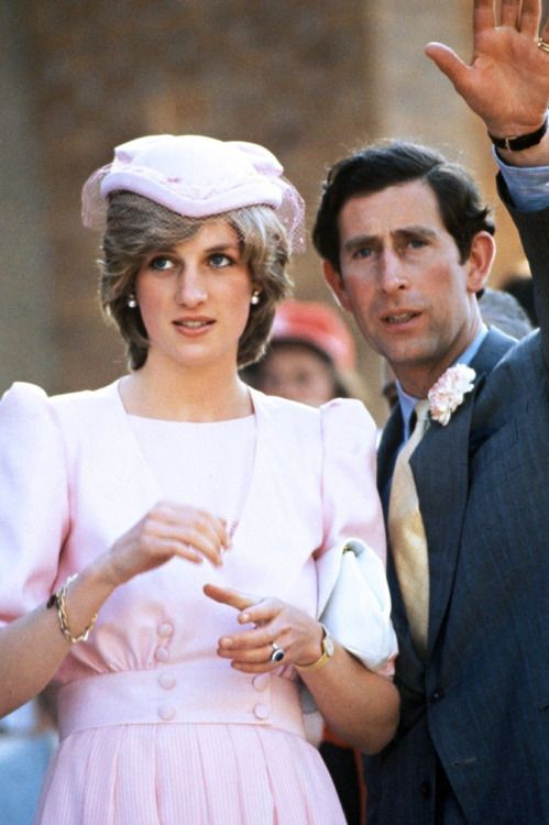 lovelydianaprincessofwales: Prince Charles and Princess Diana in Australia, 1983. Such a beautiful women,