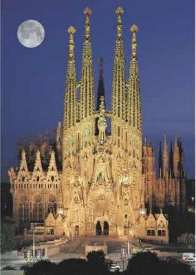 One of my favorite buildings in one of my favorite cities. Behold La Sagrada Familia (Sacred Family) in Barcelona, Spain. If I'd seen any of Gaudi's work before going to college, I KNOW I would've considered architecture as a career.