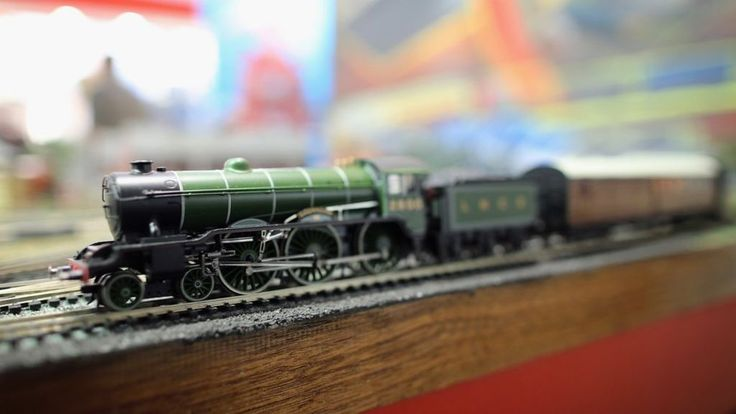 BBC News - Model train prices are rising because of pound's devaluation http://www.bbc.com/news/business-37755137?ocid=socialflow_twitter&&