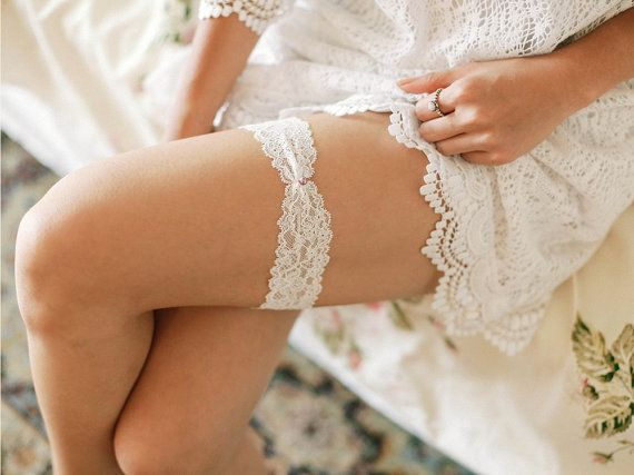 Pearl lace wedding garter floral lace bridal by louloudimeli