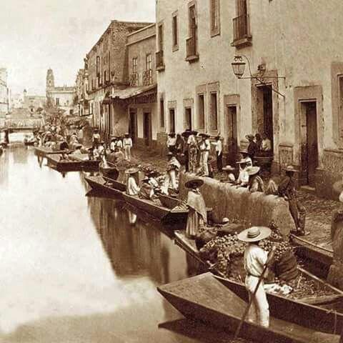 1870 Canal Roldán, en lo que ahora es la Cd. de México