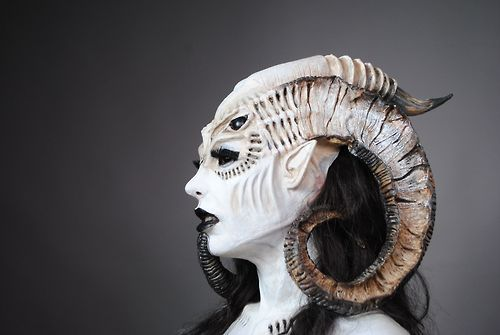 i would love to be able to create this look i love the horns and the markings on the face