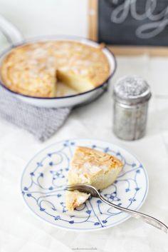 Saftigster Mandelkuchen, mal schwedisch und zweifelsohne der einfachste Kuchen…