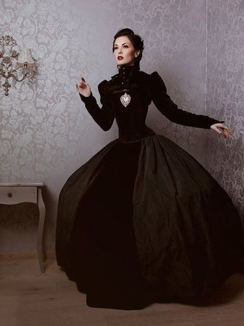 Gothic Victorian Black Velvet Gown/Dress, for Steamgoths, Neo-Victorian Goths, Dark Fantasy, etc.  - For costume tutorials, clothing guide, fashion inspiration photo gallery, calendar of Steampunk events, & more, visit SteampunkFashionGuide.com