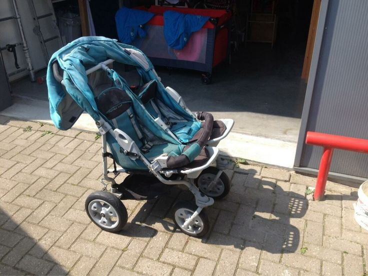 Dubbele kinderwagen op Koopplein